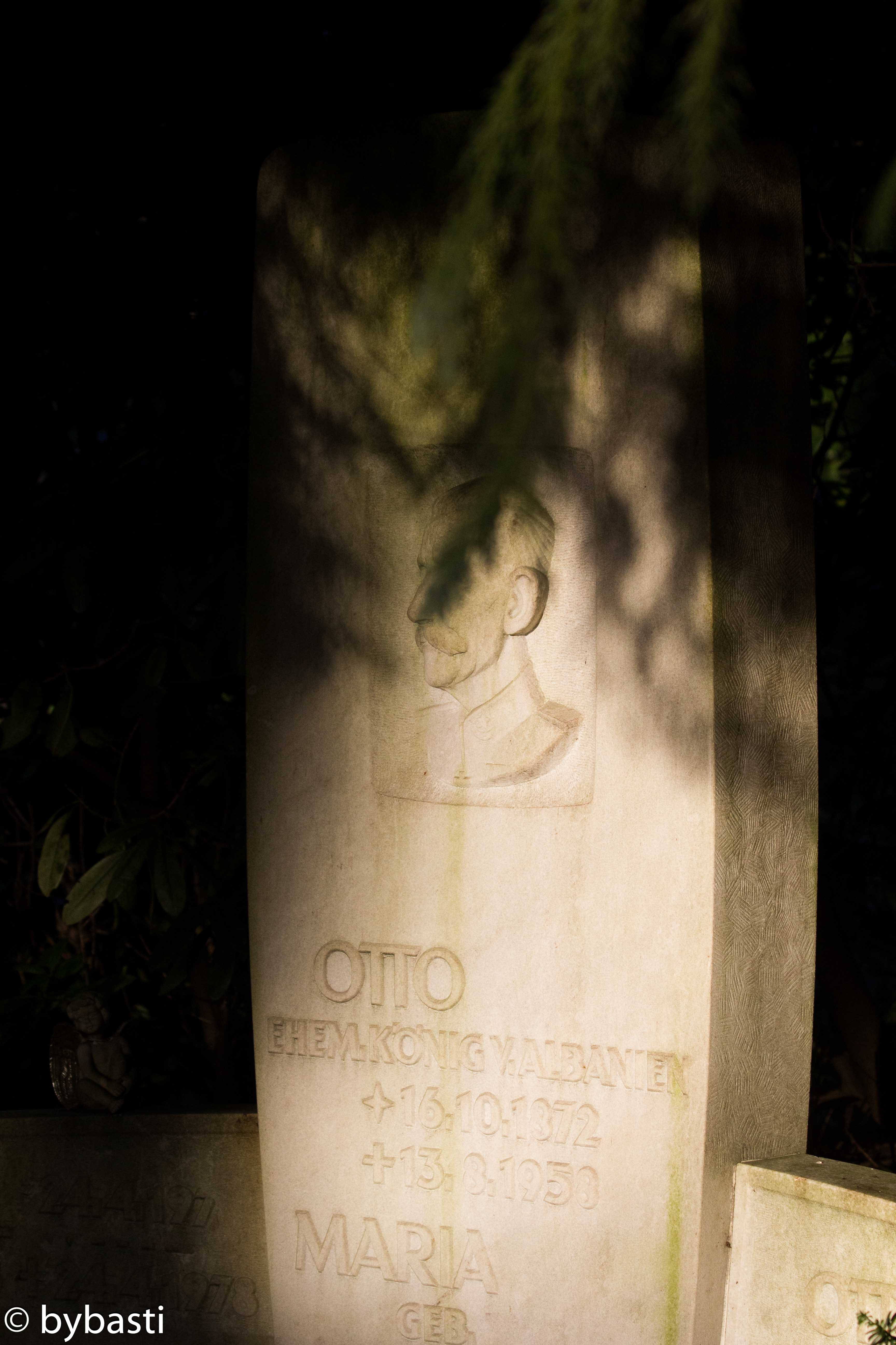 Hamburg Ohlsdorf cemetery -14