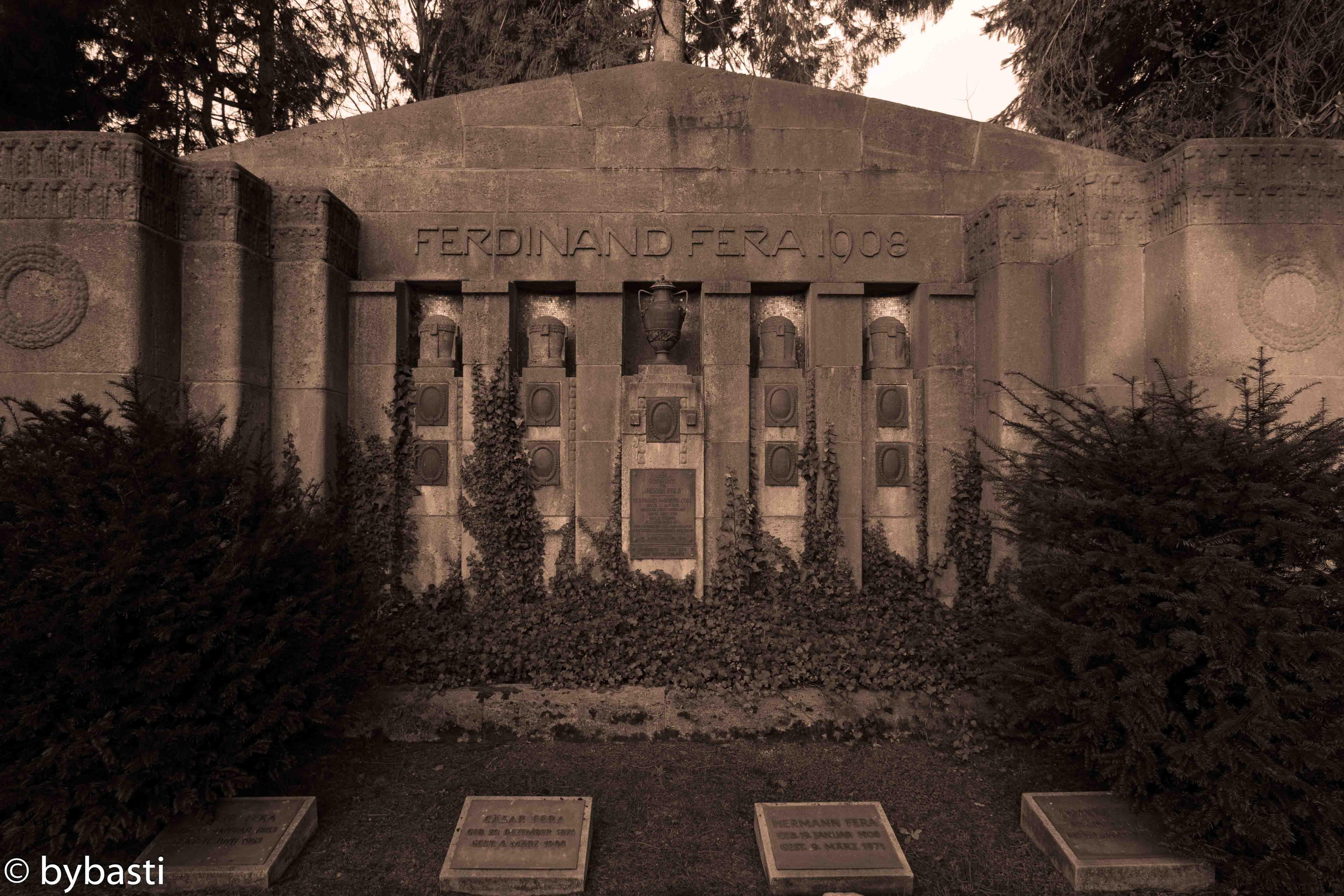 Hamburg Ohlsdorf cemetery -21