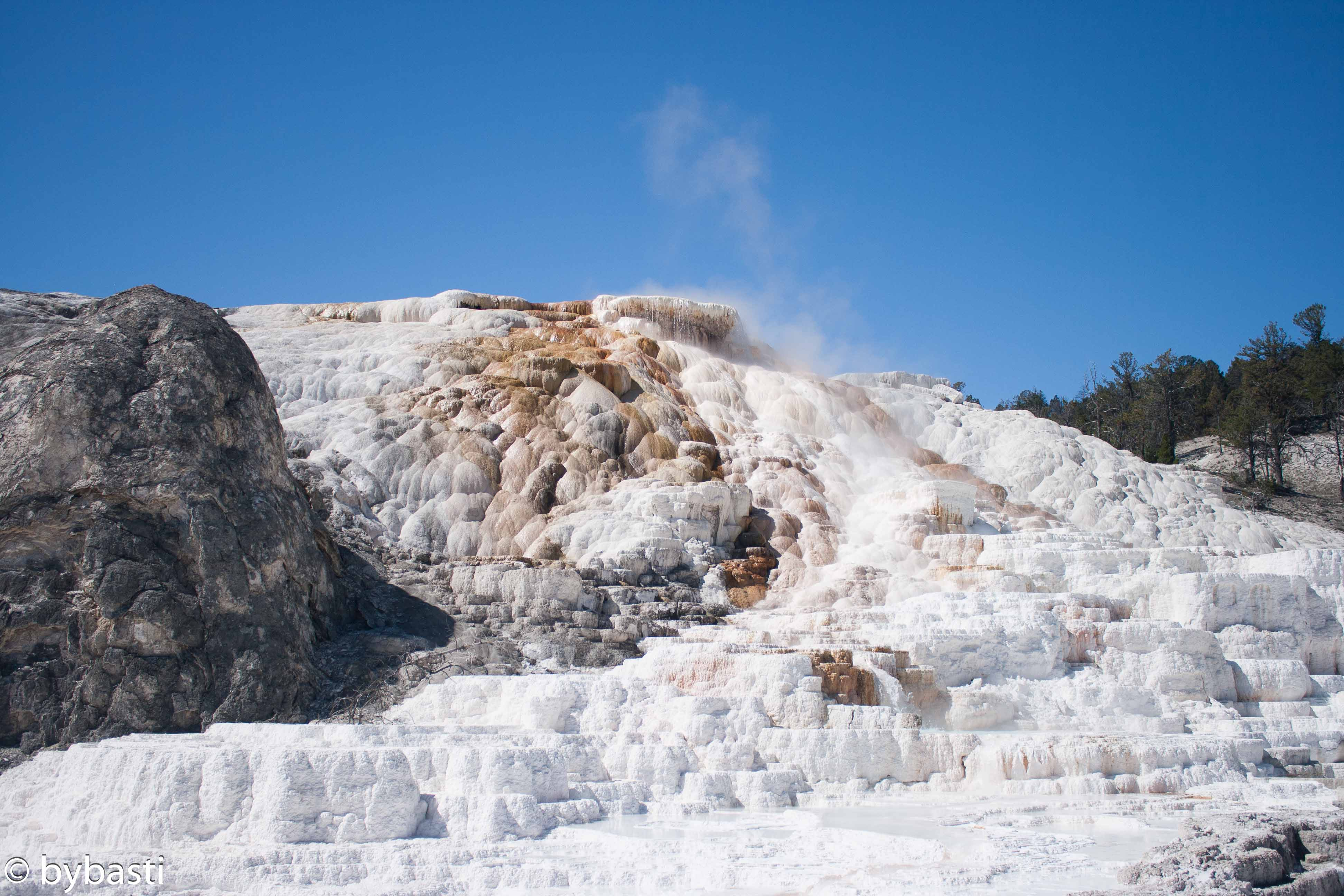 Yellowstone-18
